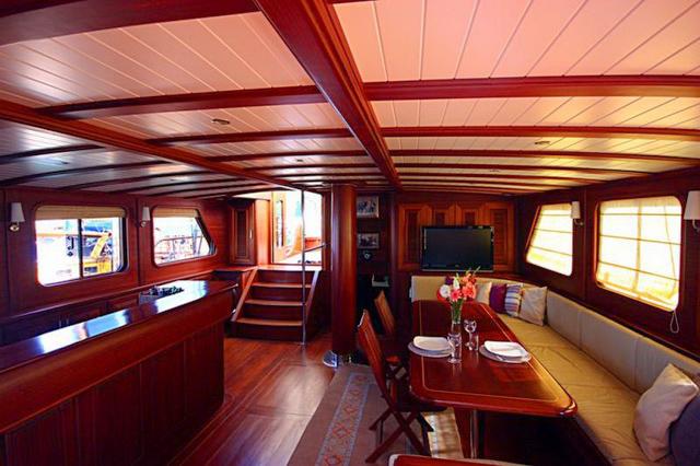 Sema Tuana, 32m / 6 cabins